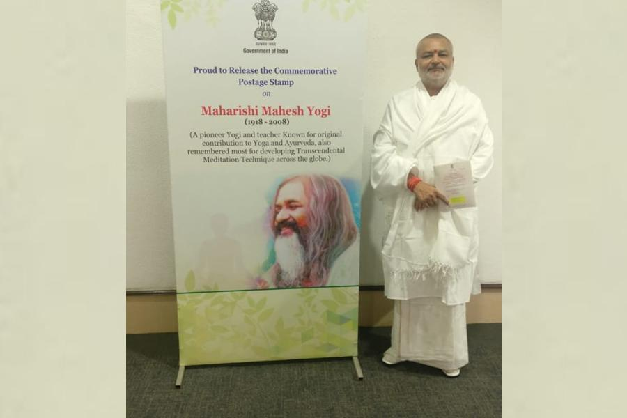 Brahmachari Girish Ji has attended the function of Postal Stamp releasing on 12 Great Saints/ Ayurveda Health Experts by honorable Prime Minister of India Shri Narendra Modi Ji at Vigyan Bhawan Delhi.