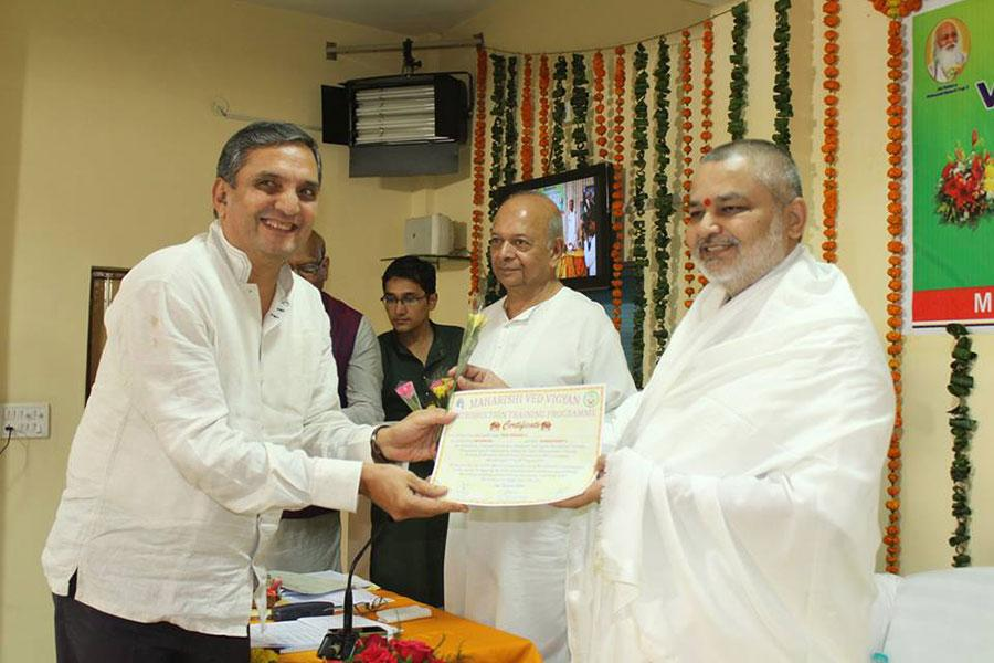 Course Participants Maharishi Vedic Science Introduction Training Programme were presented certificate and package of knowledge